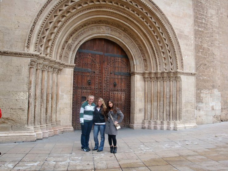 three students in spain