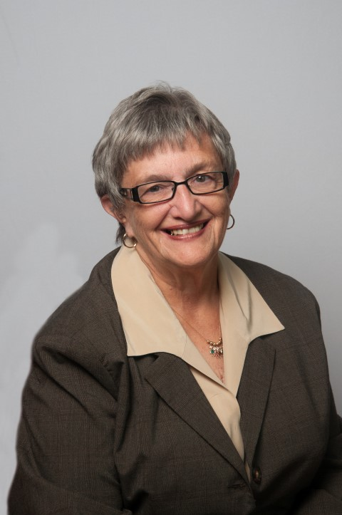 photo of Dr. Diane Keller, LSW