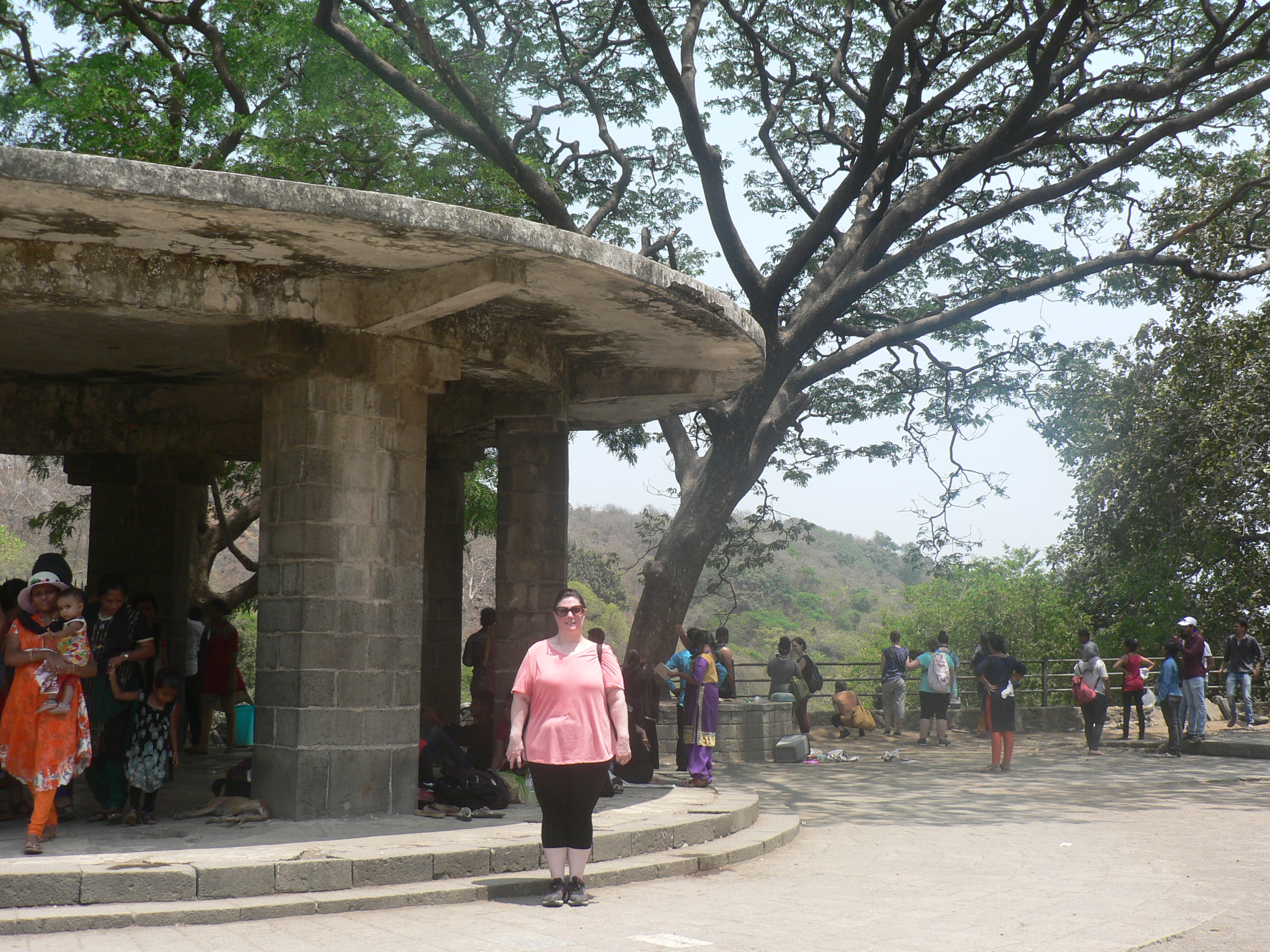 elephanta caves island